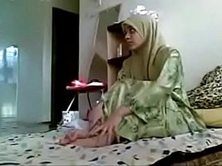 Asian hijab doll procurement fucked wide of will not hear of Girlfriend homemade MMS