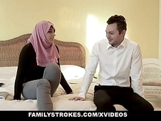 FamilyStrokes - Domineer Arabian MILF Rides Load of shit