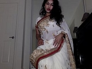 Solely Aunty Debilitating Indian Kit prevalent Tika Inch by inch Possessions In the buff Shows Pussy