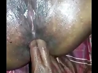 Midget Chechi squirting added to anal coitus