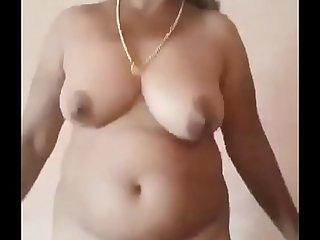 Desi of age aunty bare-ass